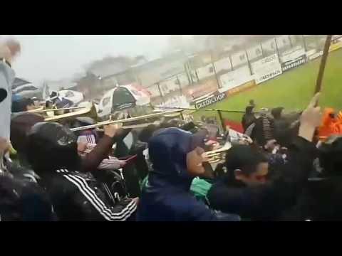Chacarita vs Juventud Unida (G) | Aliento de la hinchada bajo diluvio | Van pasando los años... - La Famosa Banda de San Martin - Chacarita Juniors