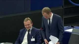 Nigel Farage dosłownie masakruje Tuska!