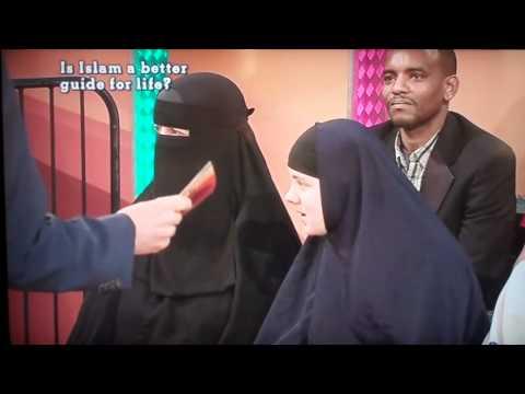 إنجليزيات يدافعن عن الإسلام