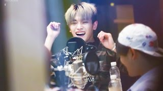 Dec 27, 2016 ... TAEYONG [NCT] talking english SEDUCTIVELY on live radio ... I really love nTaeyong when he spoke English. it sounds good. love his accentufeff.