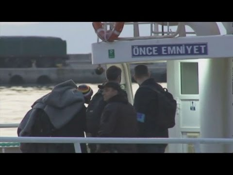 Άρχισε η διαδικασία επαναπροώθησης μεταναστών από τα νησιά στην Τουρκία
