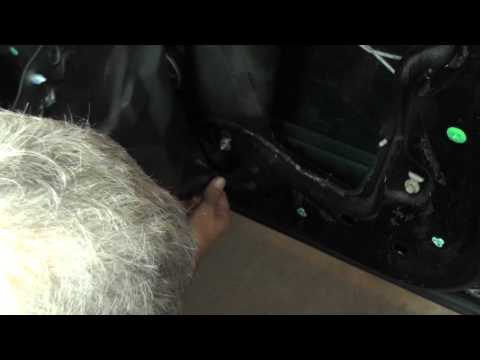 Buick LeSabre Removing Window Regulator Right Front - Part 1
