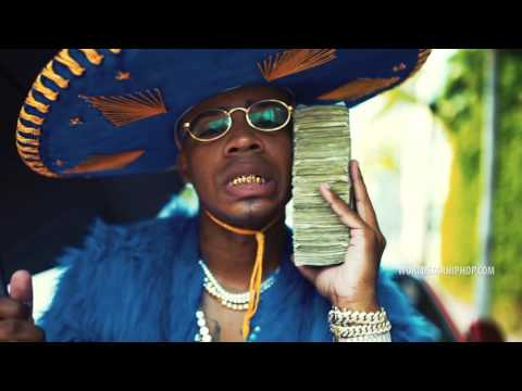 Plies Ft. Young Dolph  - Racks Up To My Ear