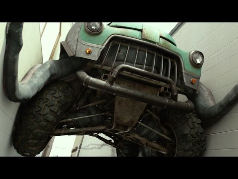 Monster Trucks (Clip 'Hiding from the Cops')
