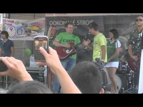 Sagan spieva s Bezdedom