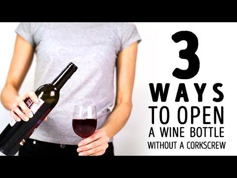 3 modi per aprire una bottiglia di vino senza cavatappi
