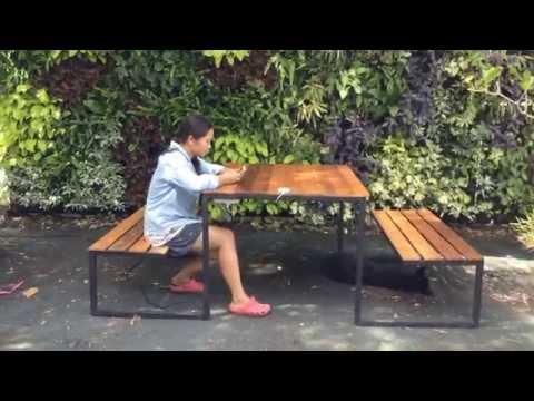 ชุดโต๊ะสนาม ชุดเก้าอี้สนาม ชาจน์มือถือไร้สายสำเร็จรูป