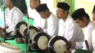 Video Rebana Modern Ponpes Al Iman Bulus 2011 Habibi ya Rosulalloh.DAT MP3, 3GP, MP4, WEBM, AVI, FLV Oktober 2017