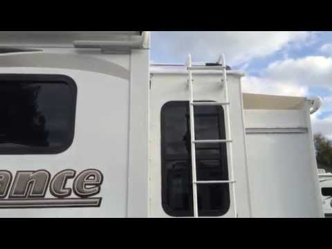 FOR SALE!!! New 2015 Lance 1172 Solar, Generator, Power Awning, Four seasons