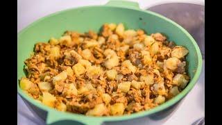 Лисички  жареные с картошкой на сковороде [Домашняя Кухня]