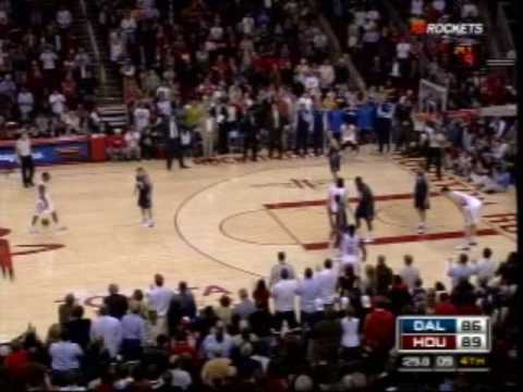 Cold-blooded Aaron Brooks hits game-icing threes