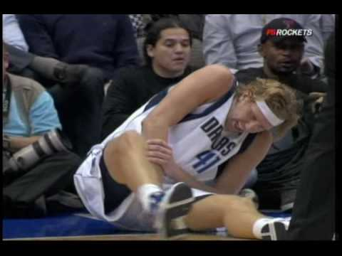 Dirk Nowitzki collides with Carl Landry, knocks out 3 teeth