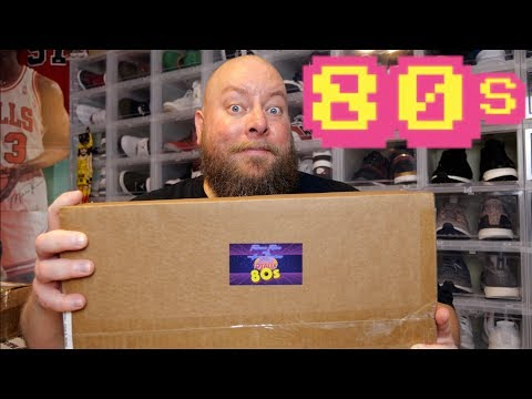 Unboxing the June 2019 Fearsome Figures Totally 80s Mystery Box + Autographed Funko Pop & More