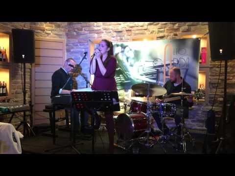 Sara Picone Trio