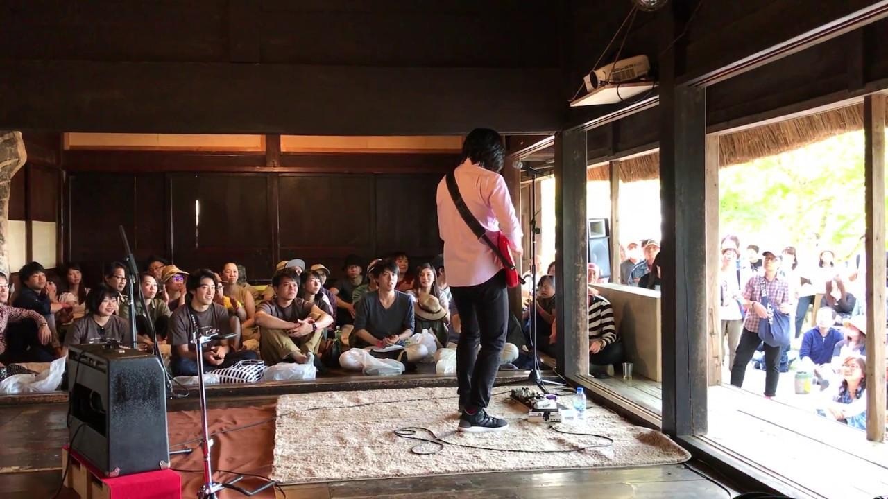 Solo guitar performance and funk guitar seminar – Tomo Fujita