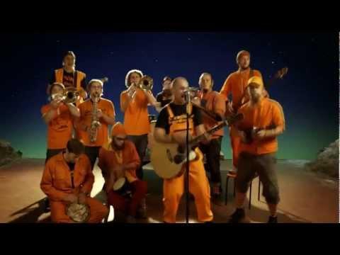 Oranžās brīvdienas – Nerunāsim aplinkus (Official Music Video)