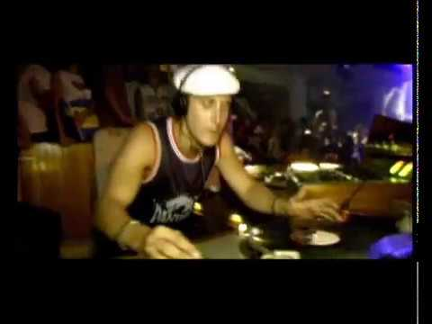 Download David Guetta - Just a Little More Love rmx - Music video HD Mp4 3GP Video and MP3
