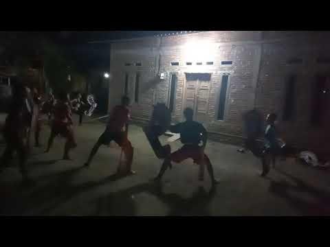 Latihan Kuda Lumping ( Bendrong ) Remaja Singo Yudo Waluyo Karanganyar Kebumen