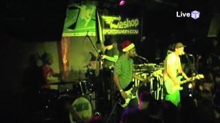 Ogi 23 - The Bad Touch (Live @ Mixtape 5 17/12/2011)