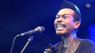 Video Iksan Skuter - Partai Tuyul - Live Pameran Fakta Wujud Karya 2019 MP3, 3GP, MP4, WEBM, AVI, FLV April 2019