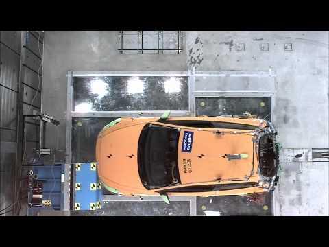 Volvo C30 2012 Volvo C30 Electric - CRASH TEST