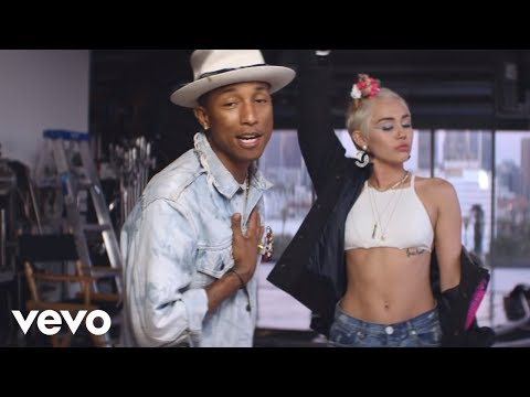 Pharrell Williams y Miley Cyrus presentan 'Come Get It Bae'