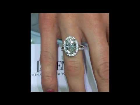 3.15 ct Oval cut Diamond Engagement Ring in Halo Split Band
