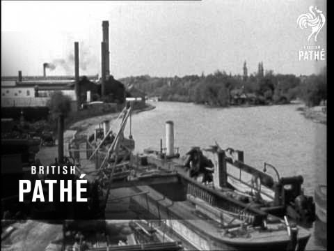The Thames (1940-1949)