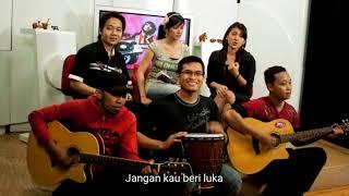 Video Lagu Aloysius Bayu penghadang bomber bersama 3nity band. Kepekaan Hati. MP3, 3GP, MP4, WEBM, AVI, FLV Agustus 2018