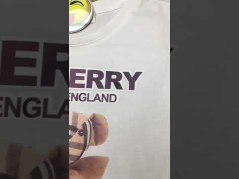 Комплект из футболки белого и шорт черного цвета видео