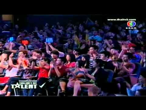 Bé gái xinh xắn dễ thương hát hay - Thailand's Got Talent