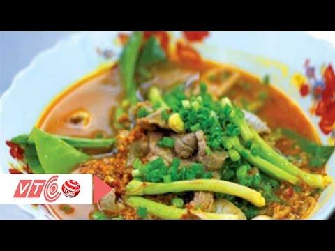 Quán Ốc Minh Hương Quận 11: Hủ tiếu sa tế: Món ngon Sài Gòn