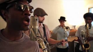 Aloe Blacc - Loving You Is Killing Me (Live in Studio)