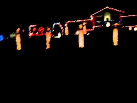 "Turner VS Martin ""Christmas Lights Battle"" 2011 – Martin & Turner Display"