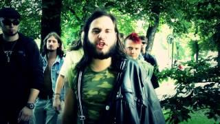 Video Temná Vášeň - Mrtvola v mechu a kapradí