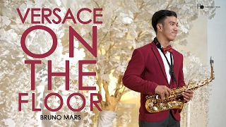 Video Versace on The Floor ( Bruno Mars ) saxophone cover by Desmond Amos MP3, 3GP, MP4, WEBM, AVI, FLV Februari 2019