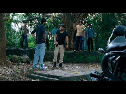 Force movie John Abraham entry fight scene || John Abraham,Genelia D'Souza,Vidyut Jammwal ||