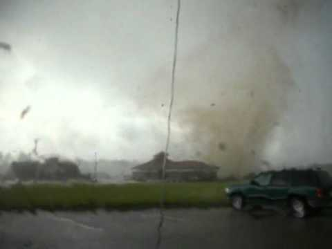 Tornado VS Walgreens With Commentary