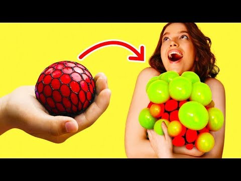 Video 17 COOL TOYS YOU CAN MAKE WITH YOUR CHILDREN RIGHT NOW download in MP3, 3GP, MP4, WEBM, AVI, FLV January 2017
