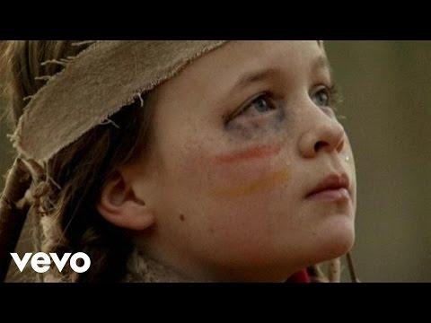 Tekst piosenki Turin Brakes - Dark On Fire po polsku