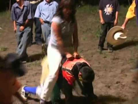 QUE MADRAZO!! : La Doña vs El Burrcan