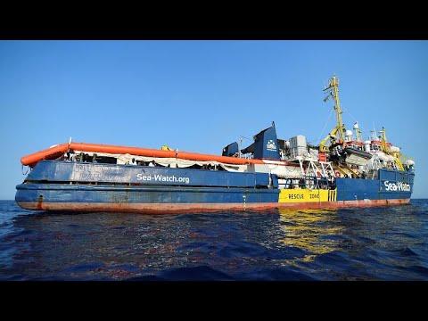 Aποκλεισμένο το Sea Watch με 40 μετανάστες