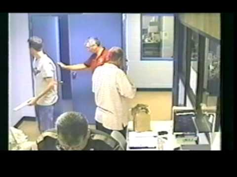 Hilarious cheek - Arressted man tried to steal IN a police station