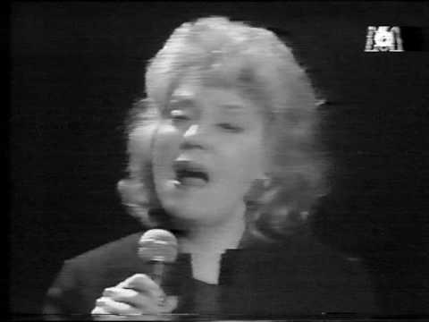 Tekst piosenki Helen Merrill - By Myself po polsku