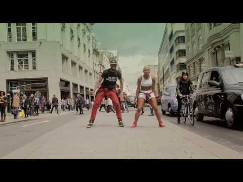 Igbo Dancer, Ezinne Asinugo Kills Dance On The Streets Of London