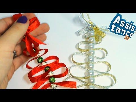 Новогоднее украшение своими руками из лент