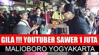 Video GILAAA NYAWER 1 JUTA !!!  YOUTUBER JUNAIDI KARO KARO --- ASTRO ACOUSTIC  MALIOBORO YOGYAKARTA MP3, 3GP, MP4, WEBM, AVI, FLV Juni 2018