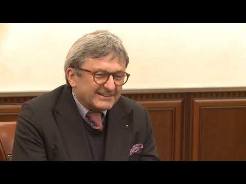 Șeful statului a înmînat Diploma de Onoare a Președintelui RM unui medic chirurg din Germania