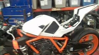 9. 2012 KTM RC8R V 986359