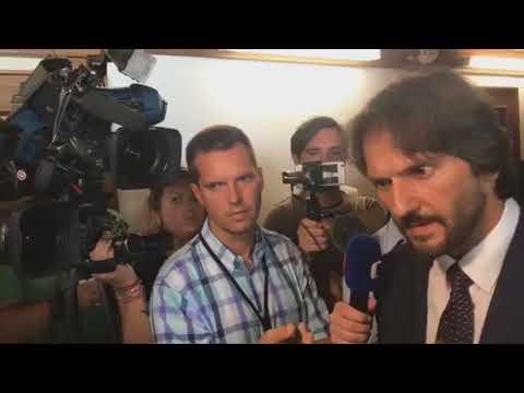 Robert Kaliňák pod vplyvom kokaínu pred novinármi